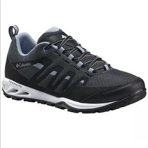 Columbia Women's Sneaker Shoes Size 5 BL4524